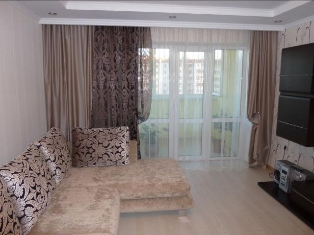 Модные шторы в гостиную фото